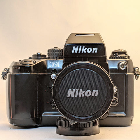 NIKON F4 with NIKKOR AF 28-80 Zoom lens   EXCELLENT condition.