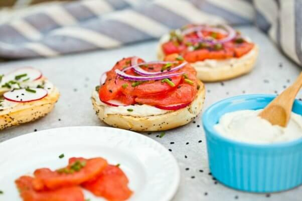 LOX N' CREAM CHEESE BAGEL