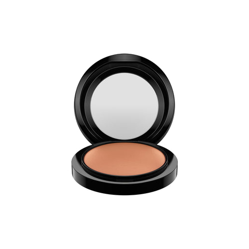 M·A·C - POWDER MINERALIZE SKINFINISH/ NATURAL