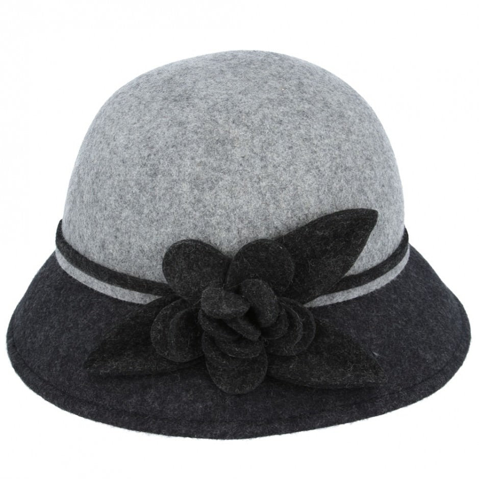 Chic Vintage Cloche Hat