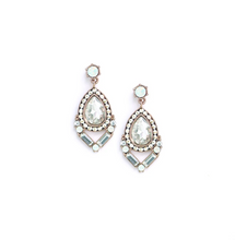Load image into Gallery viewer, Nadia Drop Earrings