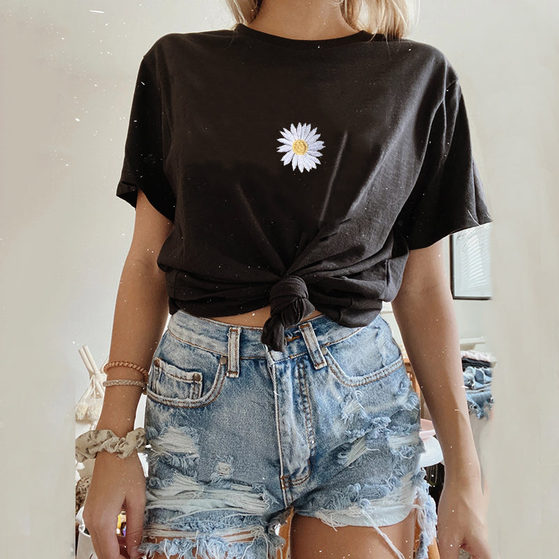 Short Sleeve Loose Embroidered Chrysanthemum T-shirt