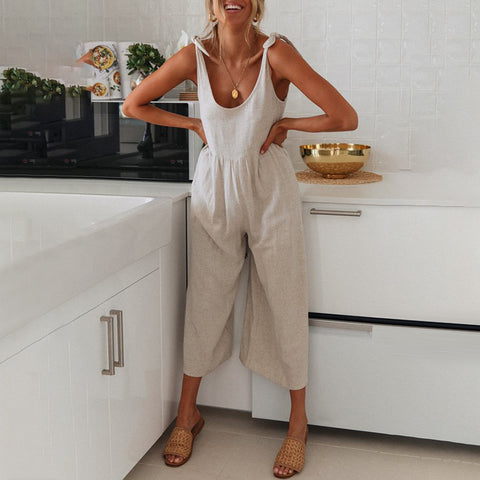 Sexy Low Neck Solid Color Halter Jumpsuit