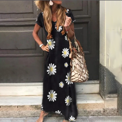 Plus Size V Neck Daisy Print Short Sleeve Maxi Dress