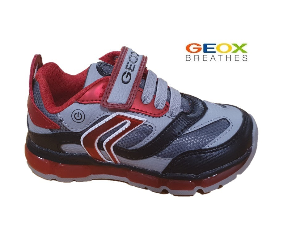 GEOX-BOYS SNEAKERS-J ANDROID-LIGHTS-J0444B-GREY/RED