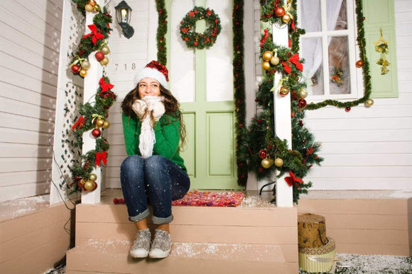 Decorating: Decorate Your Doorway to Give Your Guests a Great Welcome for the Holiday Season | Schmidt Christmas Market