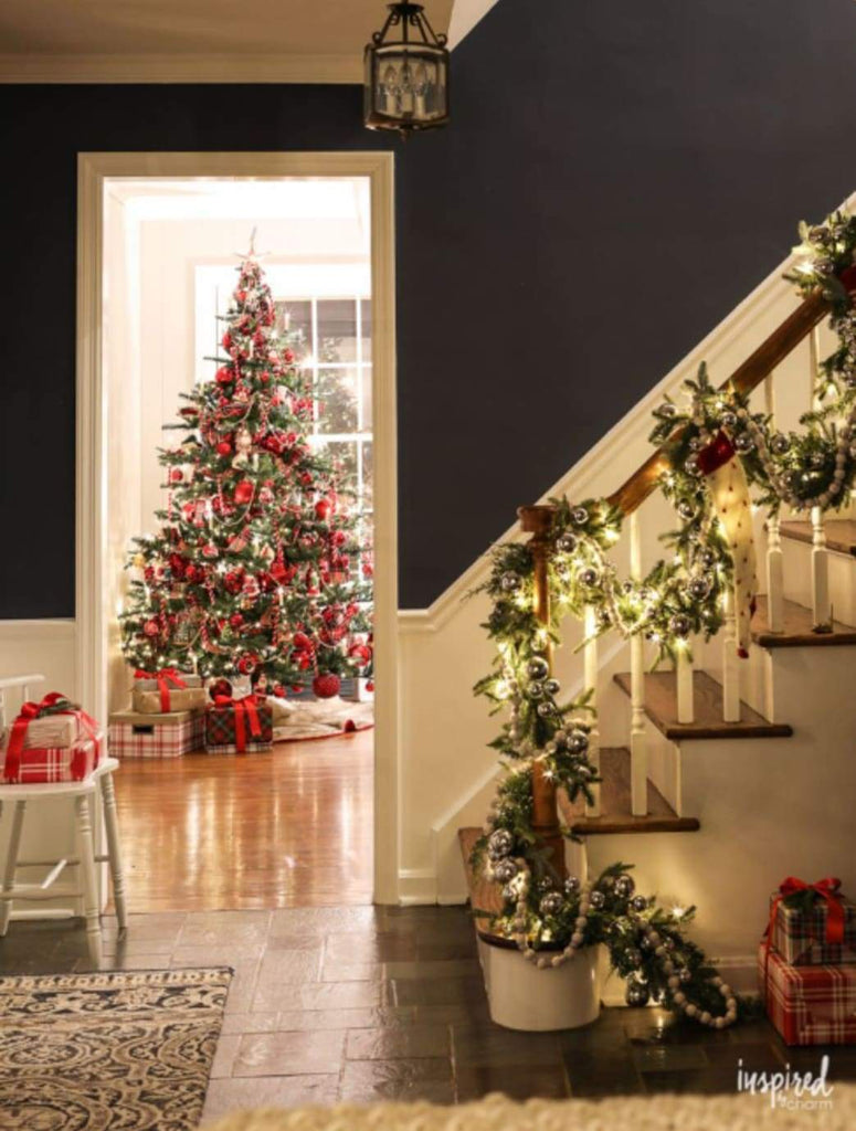 Decorating: Festive Decorating for the Holidays: Make Your Home Merry and Bright