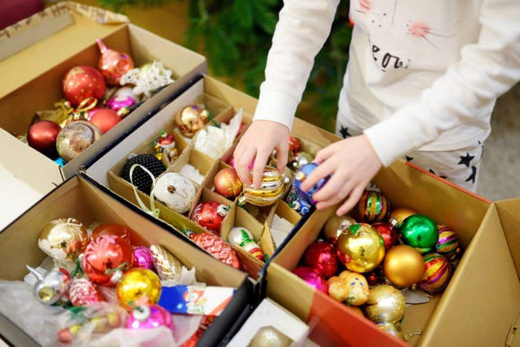 Decorating: Five Tips For Storing Your Precious Christmas Ornaments Safely | Schmidt Christmas Market
