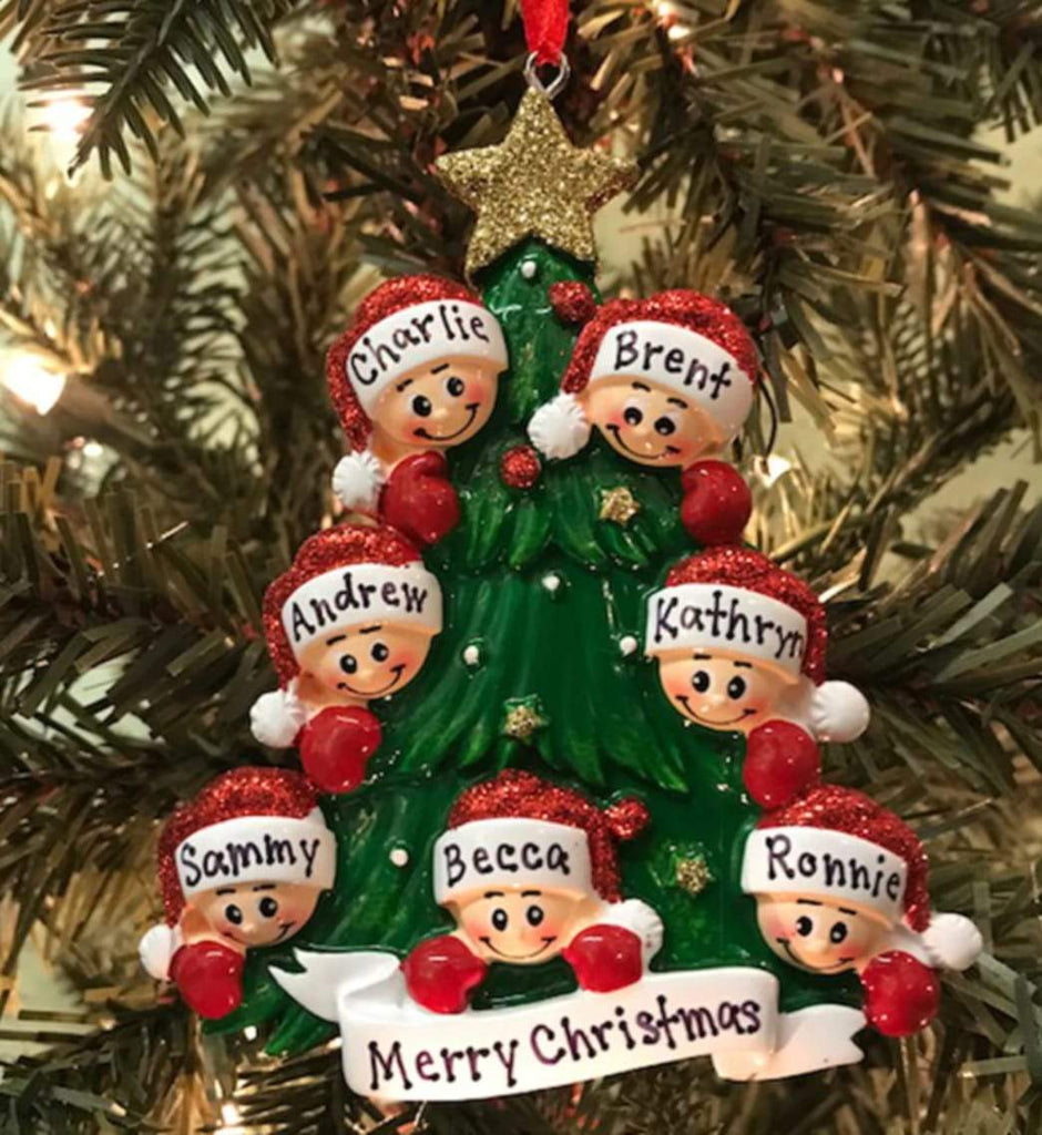 Decorating: How to Personalize Your Christmas Ornaments?