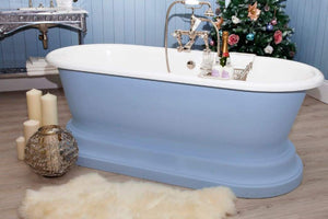 Decorating: Seven Tips for Giving Your Guests a Christmas-y Bathroom Experience