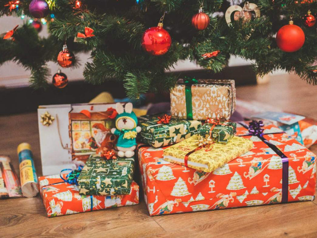 Gifts: Gift Giving at Christmas, Kwanzza and Hannukah