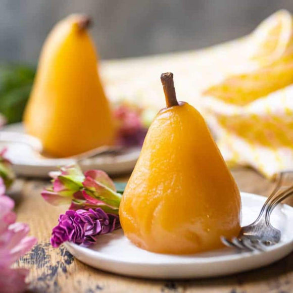 Recipe: Poached Pears in Wine | Schmidt Christmas Market
