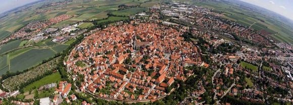 Travel: Have a Terrific Christmas Holiday in Nördlingen | Schmidt Christmas Market