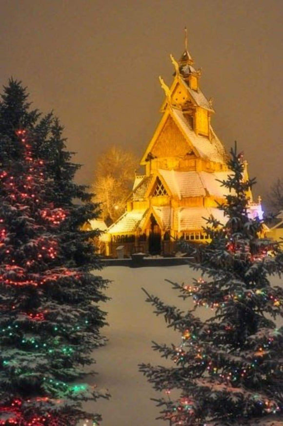 Travel: Make it Bismarck, North Dakota for the Christmas Vacation of your Dreams | Schmidt Christmas Market