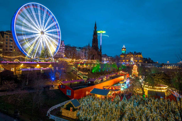 Travel: Make it Edinburgh for Your Scotland Christmas | Schmidt Christmas Market