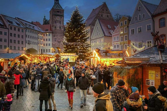 Travel: Spend a Fairy Tale Christmas Vacation in Landsberg am Lech | Schmidt Christmas Market