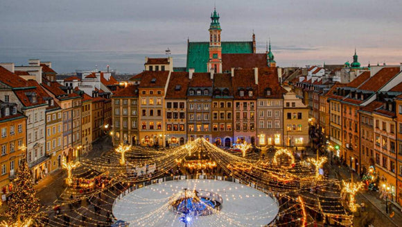 Travel:  Spend a Unique Christmas in Warsaw Poland | Schmidt Christmas Market