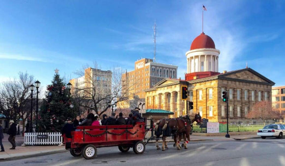 Travel: Spend Your Winter Vacation in Springfield, Illinois | Schmidt Christmas Market