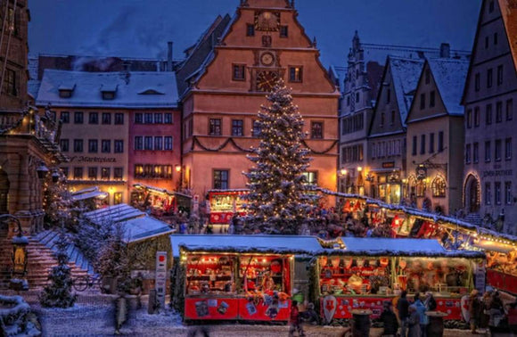 Travel: Why Rothenburg ob der Tauber Makes an Excellent Christmas Destination | Schmidt Christmas Market