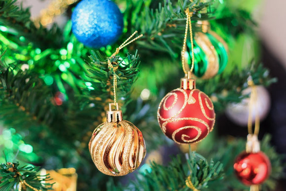 Hanging  Christmas ornaments | Schmidt Christmas Market