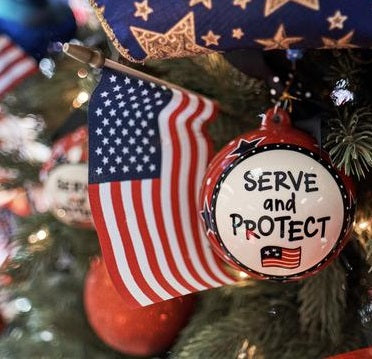 Patriotic Christmas Decorations | Schmidt Christmas Market