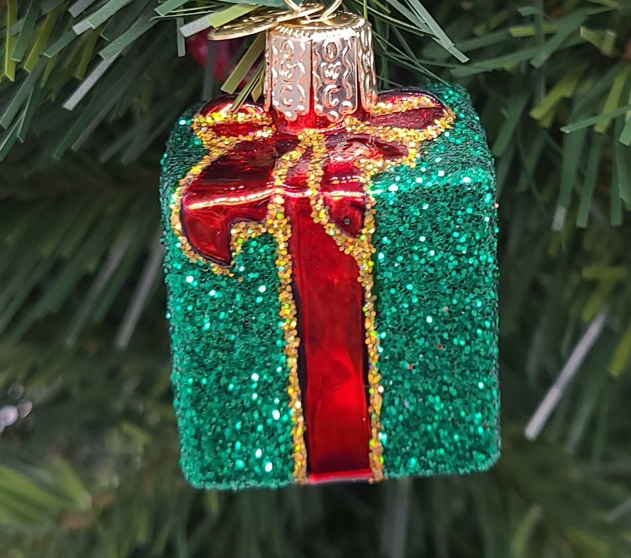 Blown Glass Hanging Green Gift Box with Red Ribbon Christmas Ornament - Schmidt Christmas Market Christmas Decoration