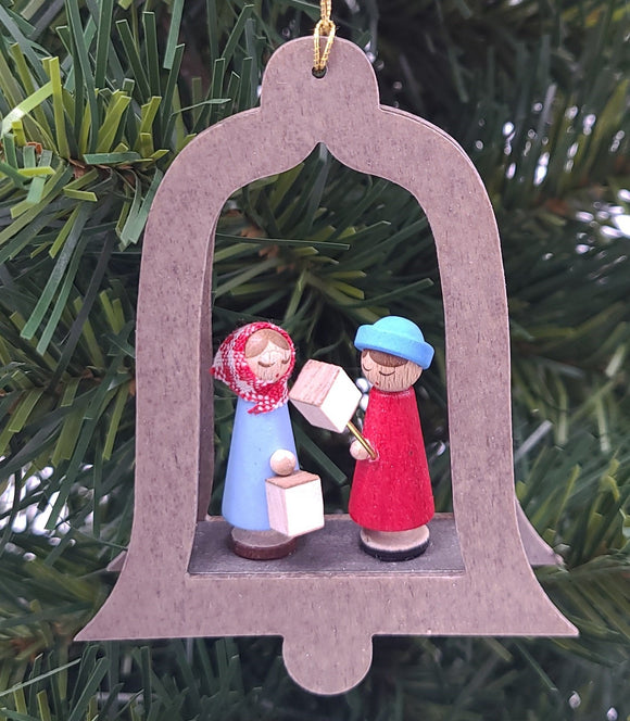 Handmade Hanging Natural Wood Bell with Carolers in color - Schmidt Christmas Market Christmas Decoration