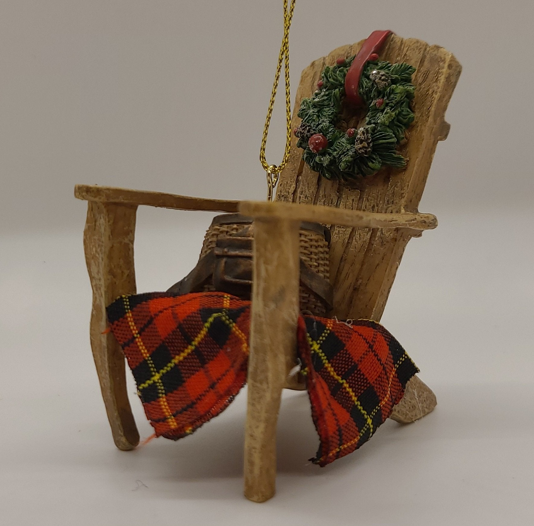 Kurt Adler 4 'Resin Lodge Chair With Wreath And Selimut - Hiasan Krismas Pasar Krismas Schmidt