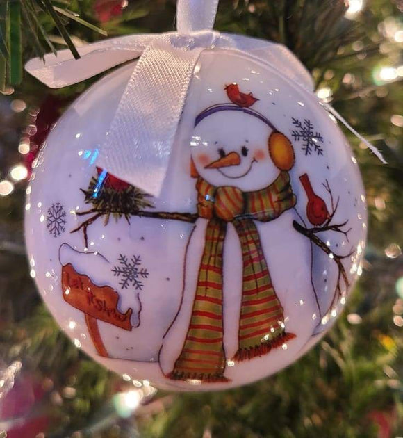White bauble with a single snowman and let it snow - Schmidt Christmas Market Christmas Decoration