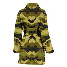 Load image into Gallery viewer, Green Camouflage Womens Bath Robe