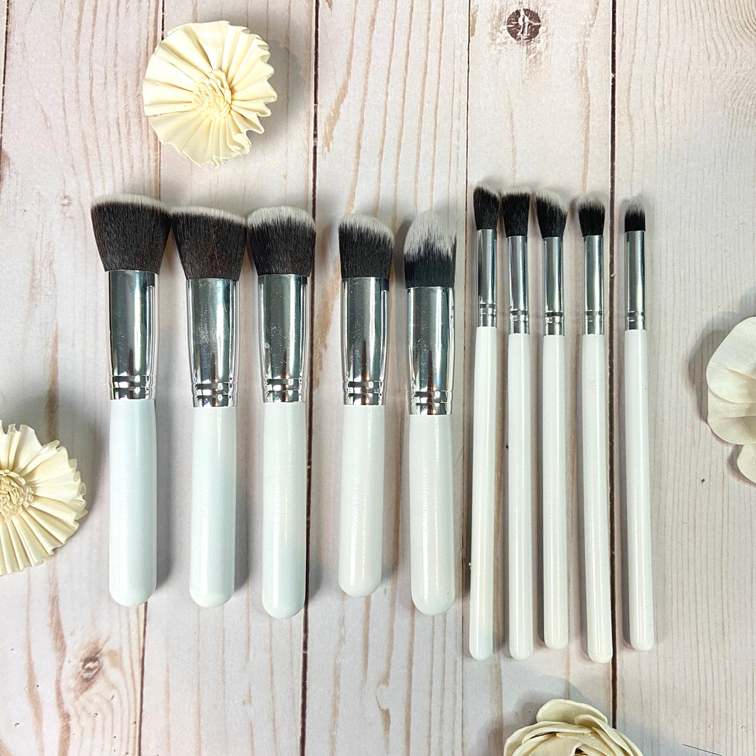Pack of 10 Makeup Brushes (White & Silver)