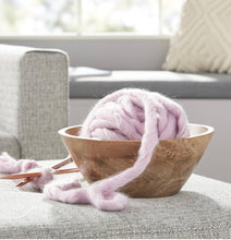 Load image into Gallery viewer, Light Lavender Roving Yarn