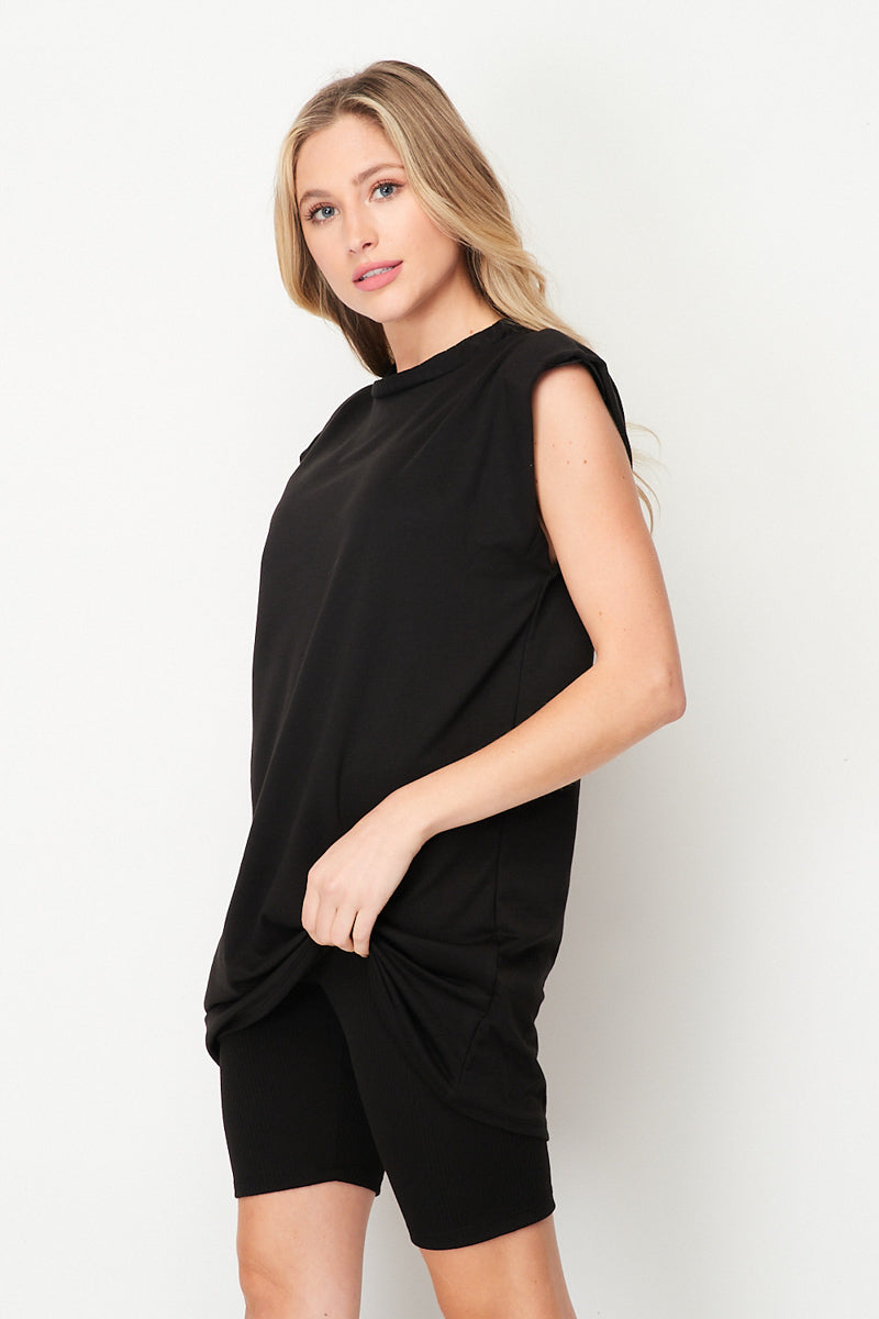 It Girl Shoulder Pad Tee | Black