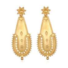 Load image into Gallery viewer, Satya Intricate Stud Earrings