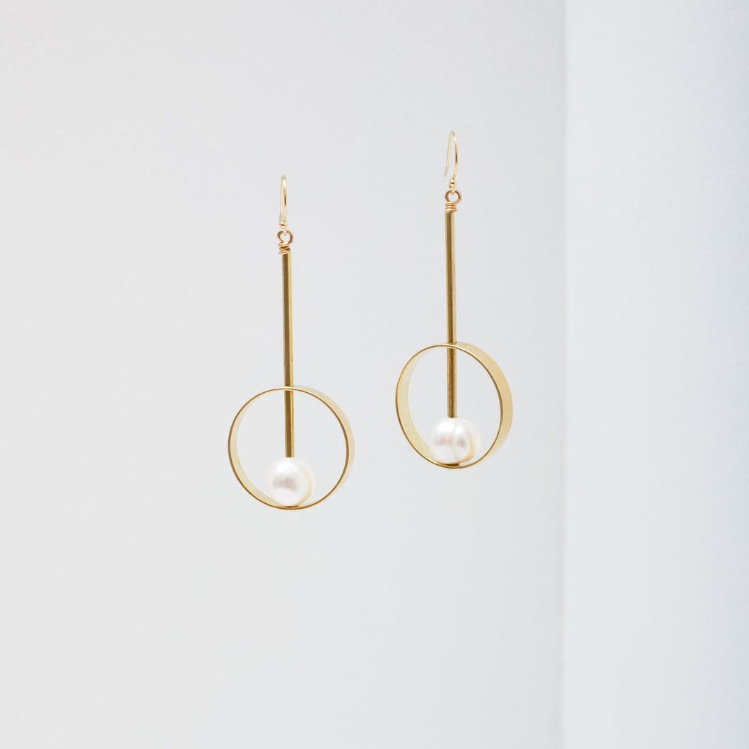 Larissa Loden Hypatia Earrings - Pearl