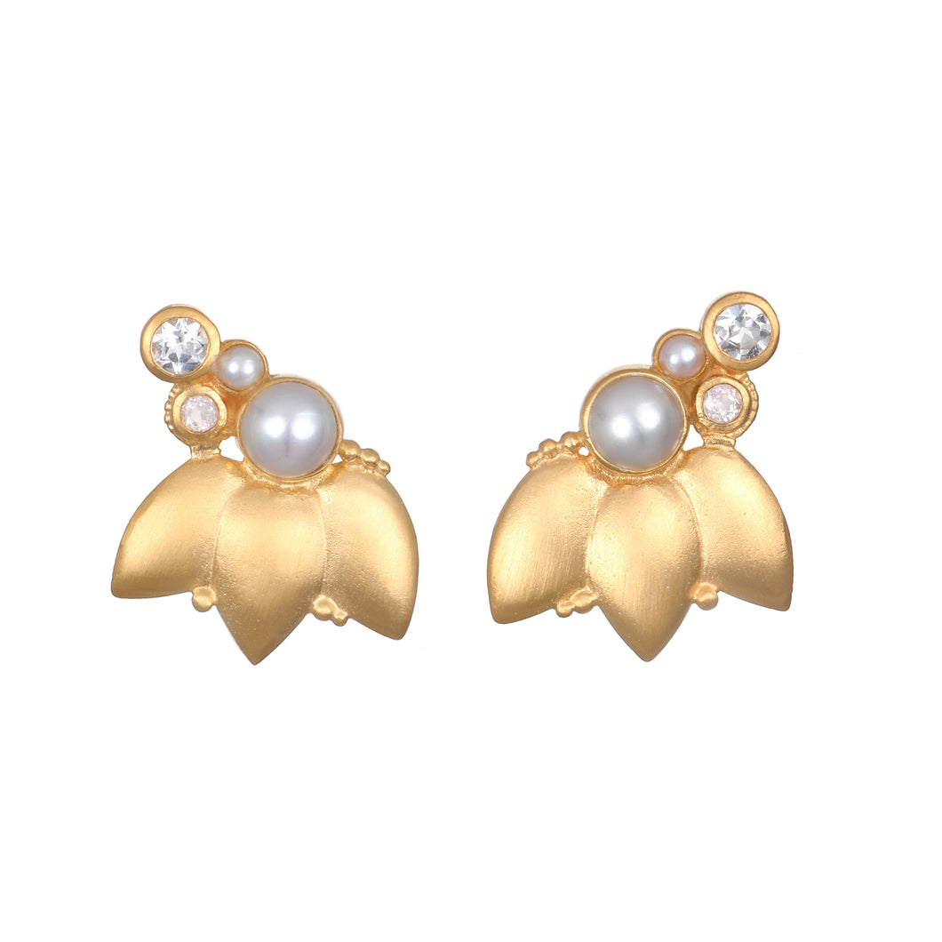 Satya In Unity Pearl Lotus Earring with Pearl
