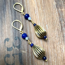 Load image into Gallery viewer, Madame Annie Vintage Teardrop Bead Earrings