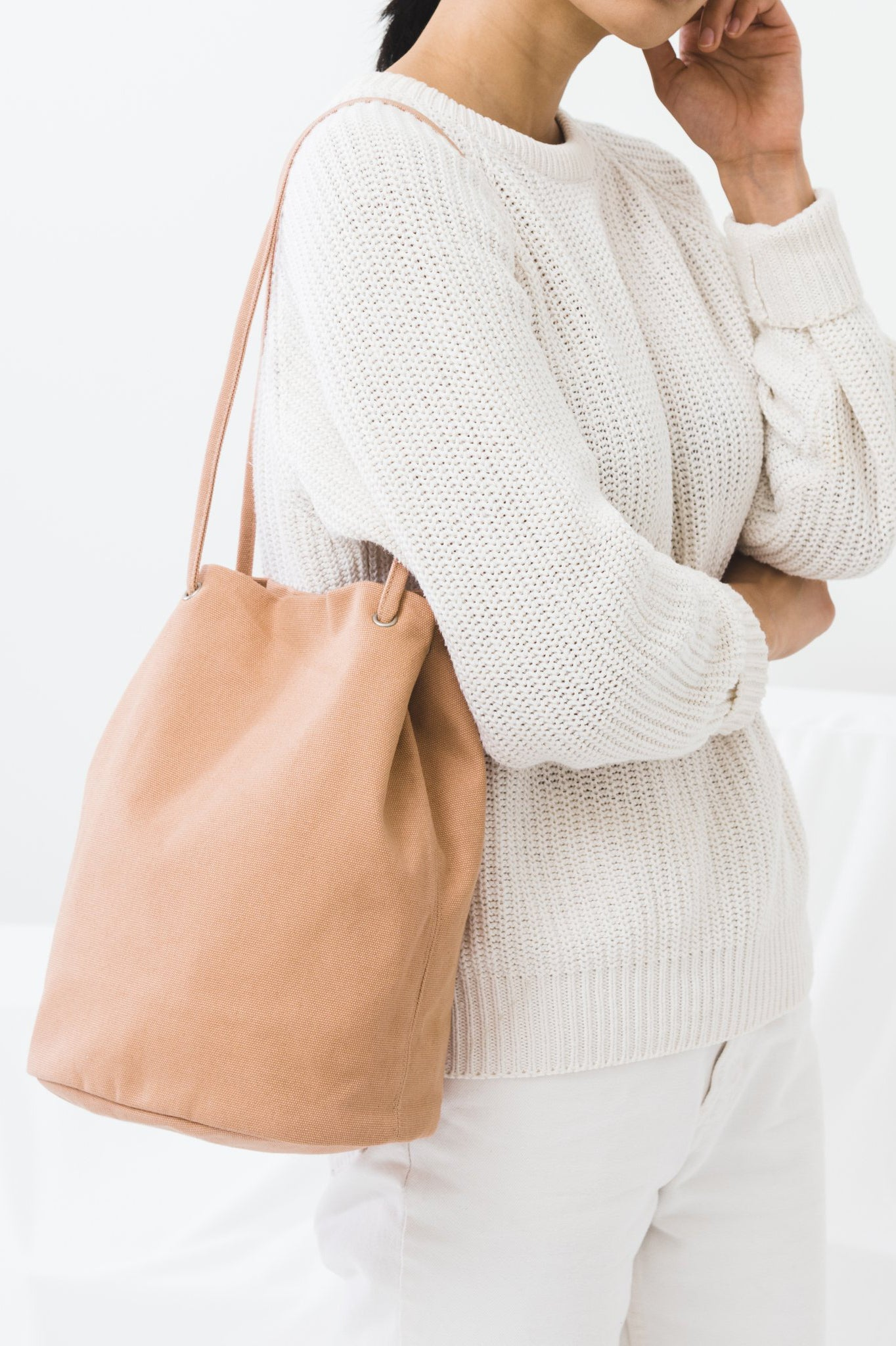Canvas Bucket Bag in Canyon