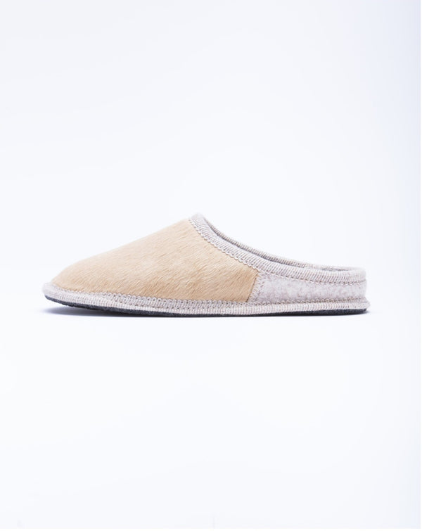 Le clare Women's beige pony hair mule slipper