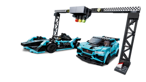 Formula E Panasonic Jaguar Racing GEN2 Car & Jaguar I-PACE - 76898