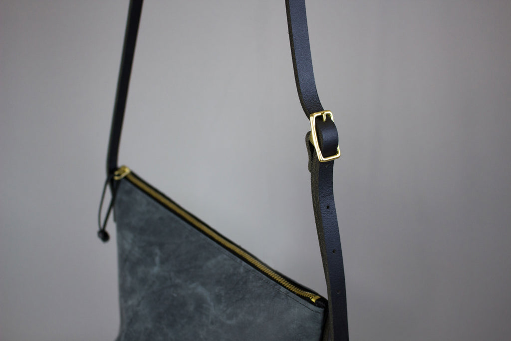 Laura Crossbody