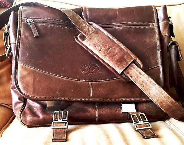 An original 2007 MacCase Premium Leather Messenger Bag still going strong