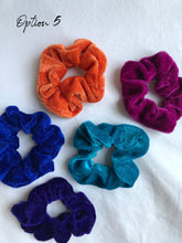 Load image into Gallery viewer, Velvet Hair Scrunchies