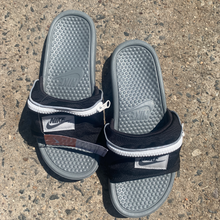 Load image into Gallery viewer, Nike Sandals Womens 10