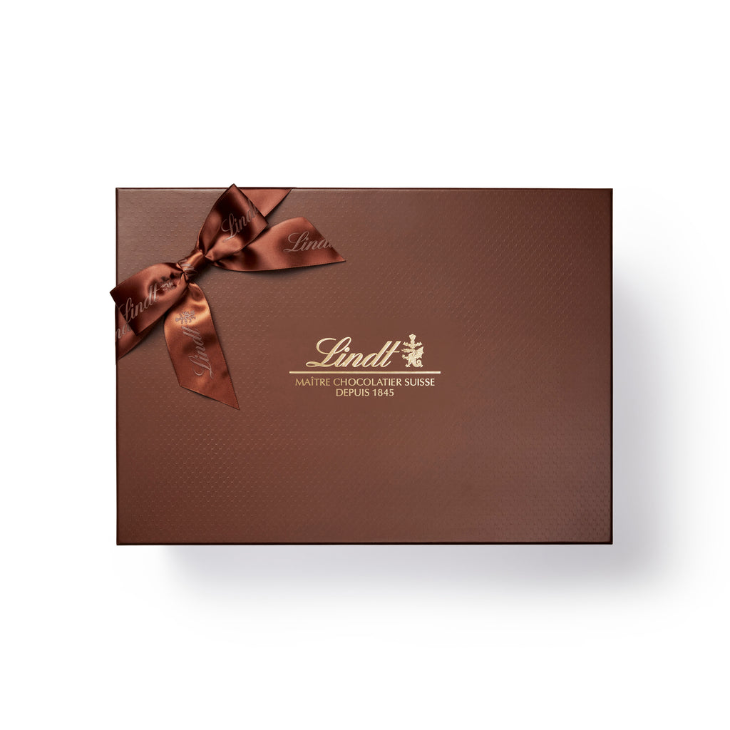 Lindt Discover the World of Lindt Chocolate Gift Box 3025g (Pre-Order & Delivery Only)