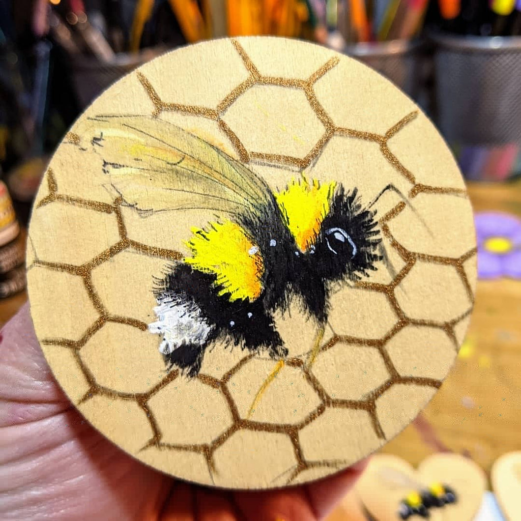 3 inch Handpainted Bee Magnet