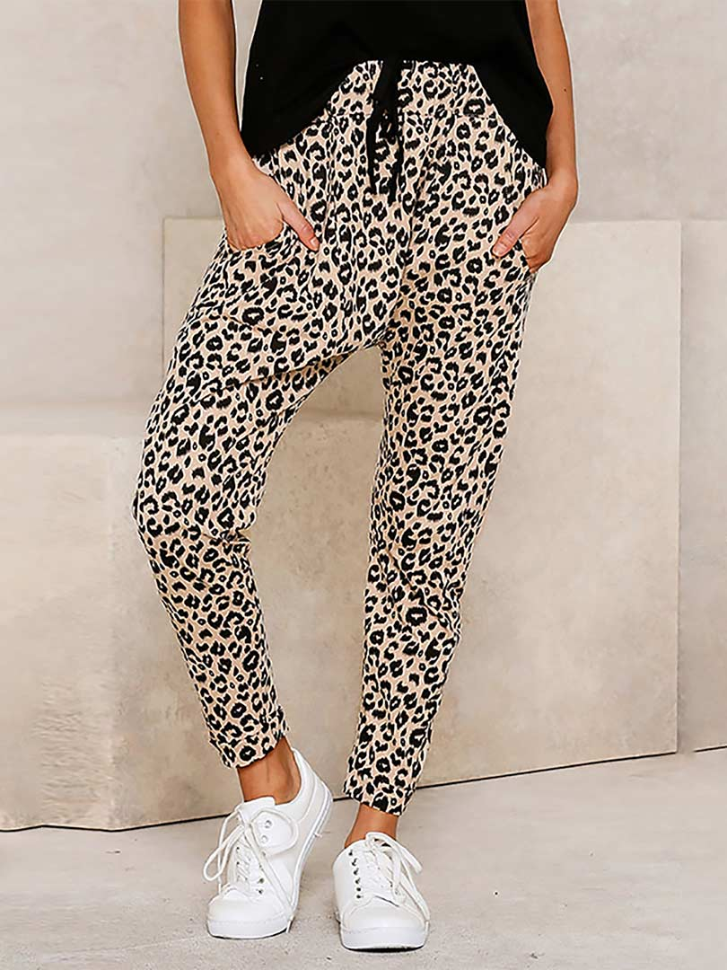 Loose Style Leopard Printed Pajama Bottom