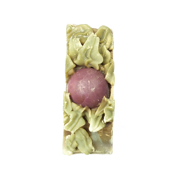 leafy piped soap top