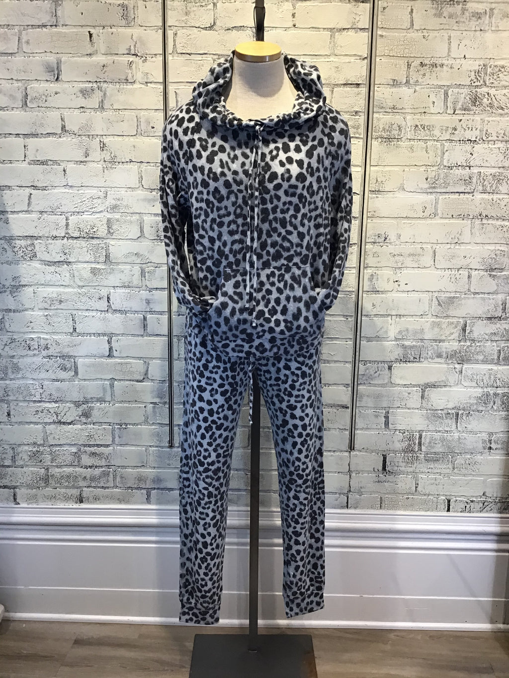 LEOPARD SOFT BLUE HOODIE
