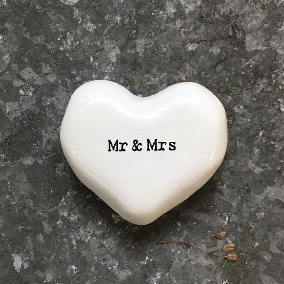 East of India White Ceramic Heart - Mr & Mrs